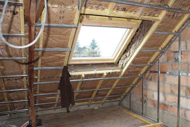 Velux installazione, manutenzione e applicazione tende da sole